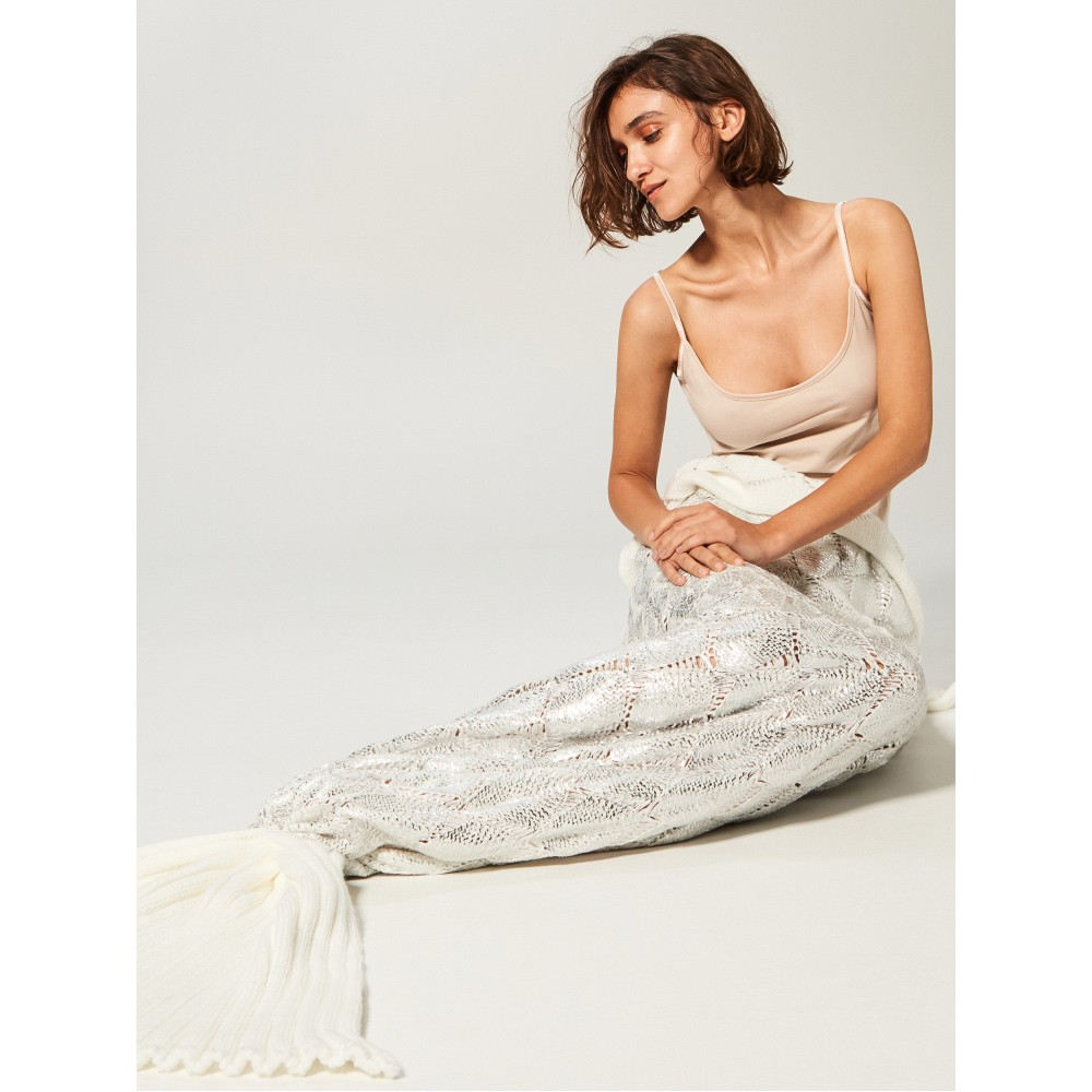"""Reserved silver / white color blanket """"Mermaid"""""""