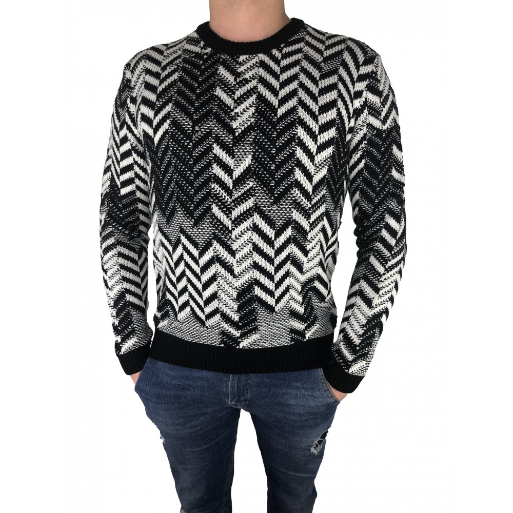 Reserved men's sweater black/white color