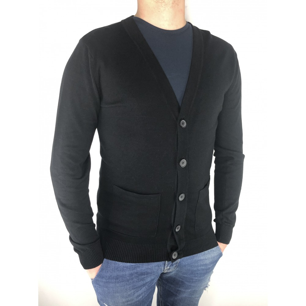 Reserved men's sweater black color with buttons clasp and pockets at the front