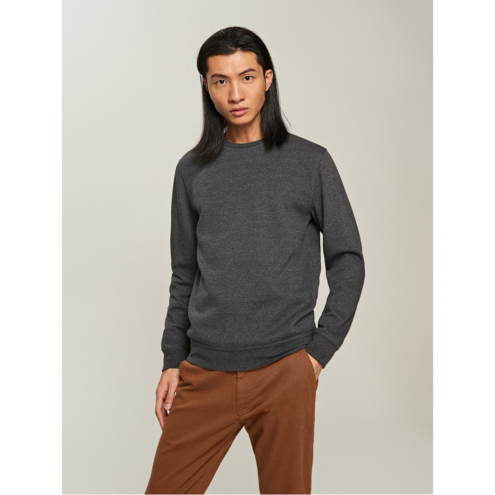 Reserved men's long sleeve jogging top / sweater, grey color