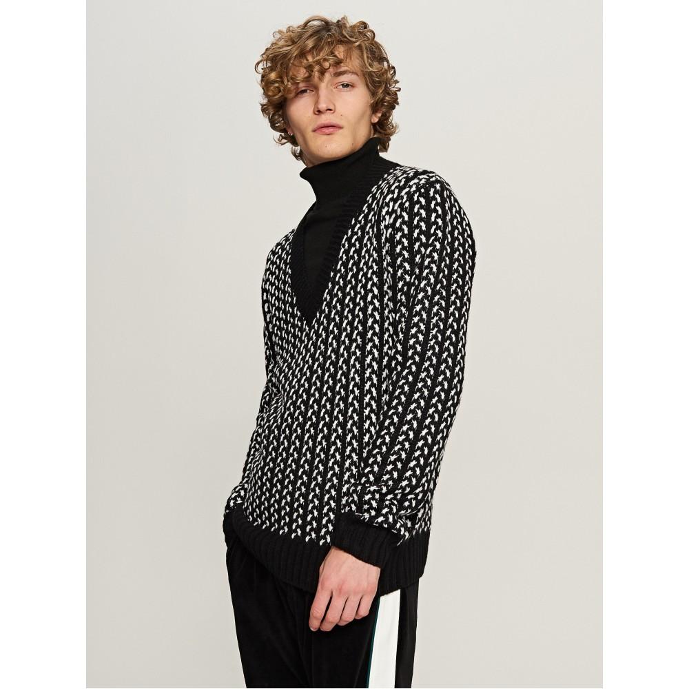 Reserved men's sweater, white-black color pattern, V-neck