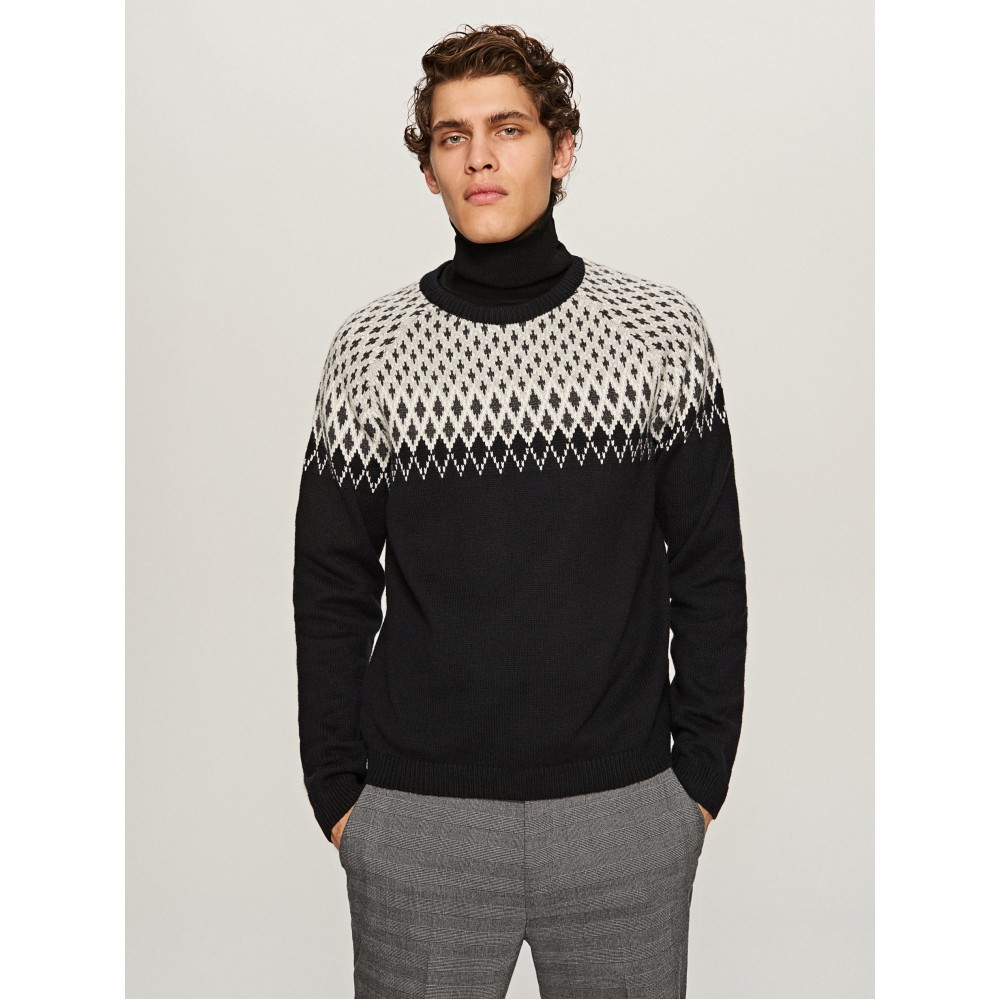 Reserved men's sweater, black color with white / gray color ornament, long sleeves