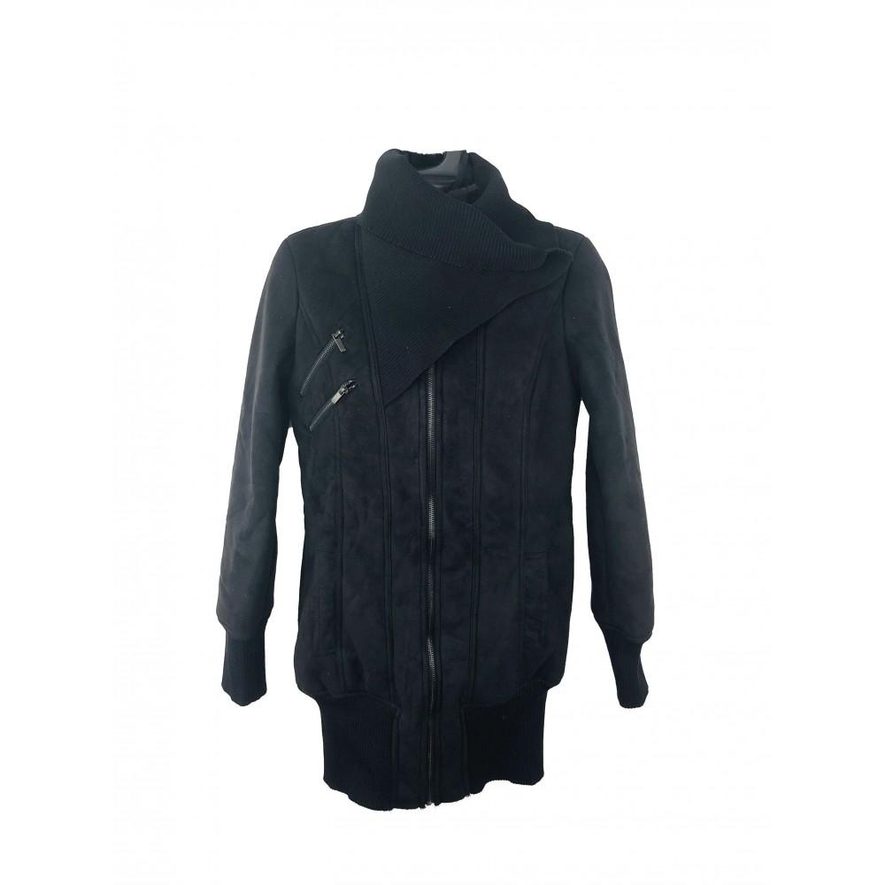 Troll Reserved black women's coat with faux fur inside
